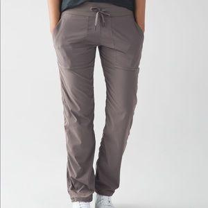 Lululemon Studio Pant III No Liner Cocoa Size 4